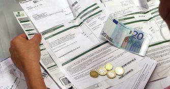 famiglie-bollette-denaro